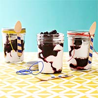 Yogurt & Blueberry Parfaits