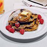 Crunch-Berry Pancakes