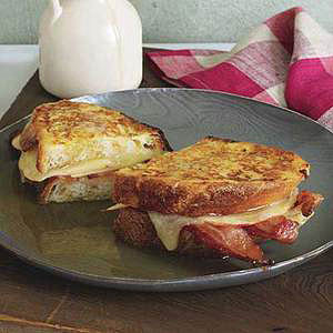 Apple, Cheddar and Bacon Monte Cristos