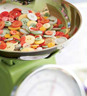 Polly?s colorful button collection