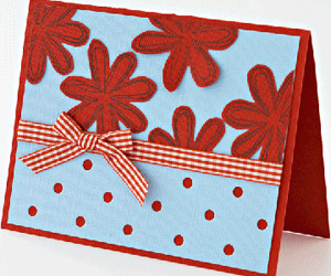 MAKE A CREATIVE CARD WITH STAMPS AND A HOLE PUNCH