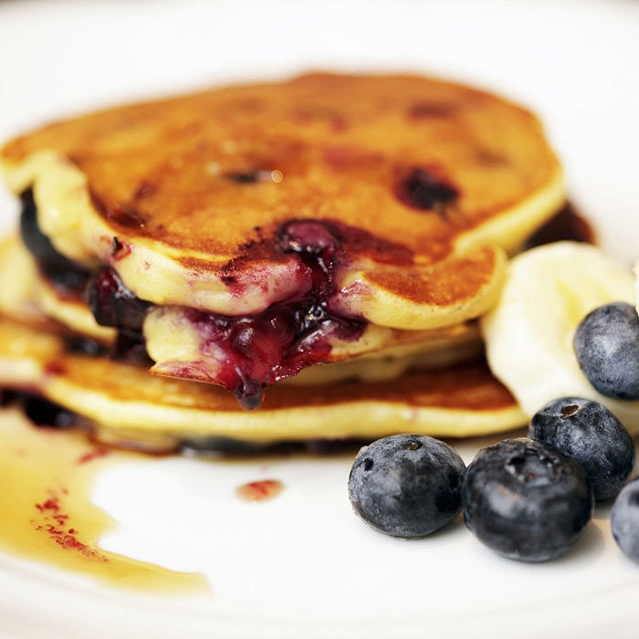 Healthy Blueberry Banana Pancakes