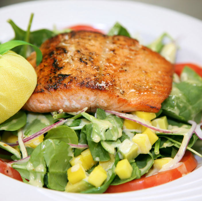 Red Hot Sesame-Spinach-Salmon Salad