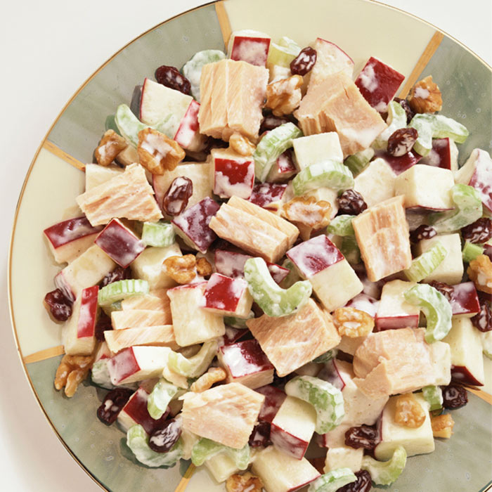 Tuna Salad with Kidney Beans and Red Onion