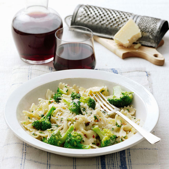 Farfalle Pasta with Tomato Sauce, Cannellini Beans, and Broccoli Rabe