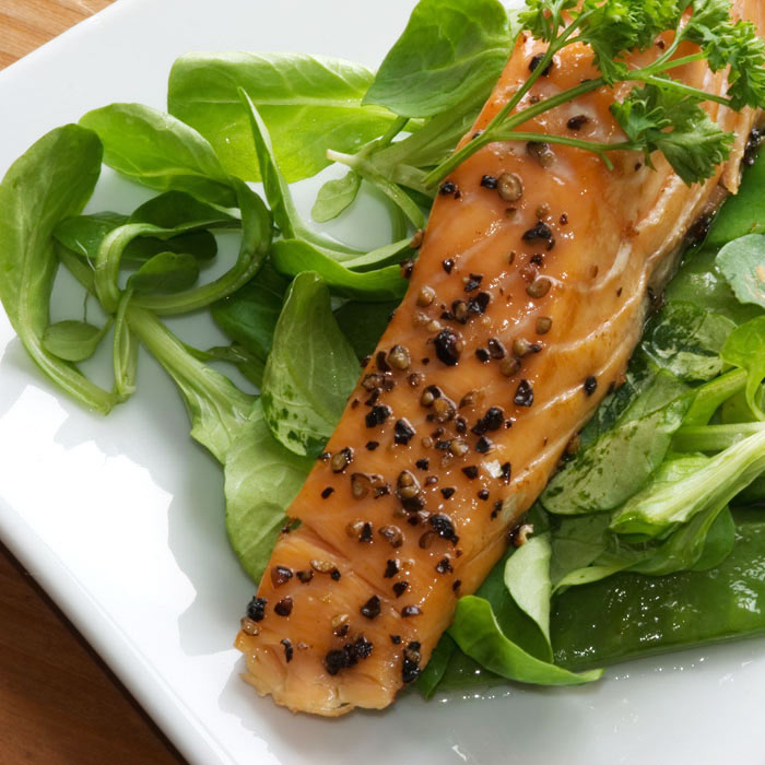 Pan-Seared Salmon with Mushrooms and Spinach over Sesame Brown Rice