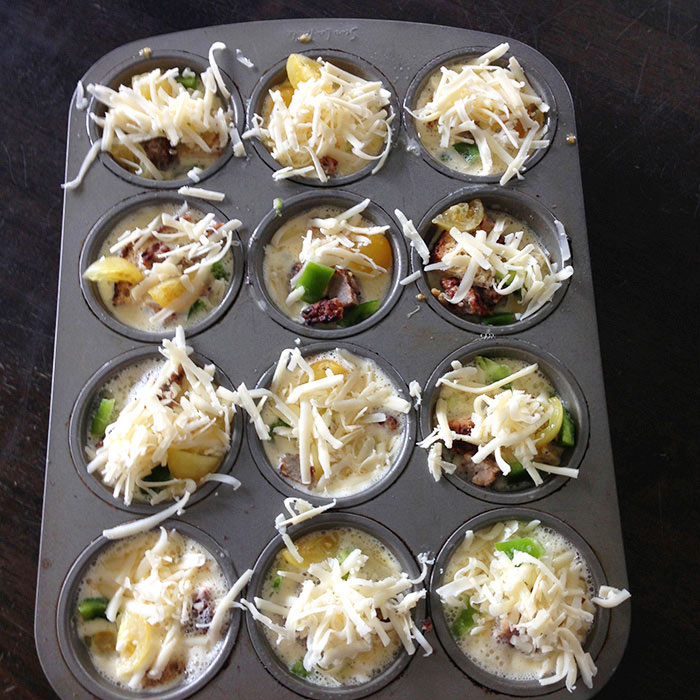 Breakfast Casserole Cups with Sausage and Pepper