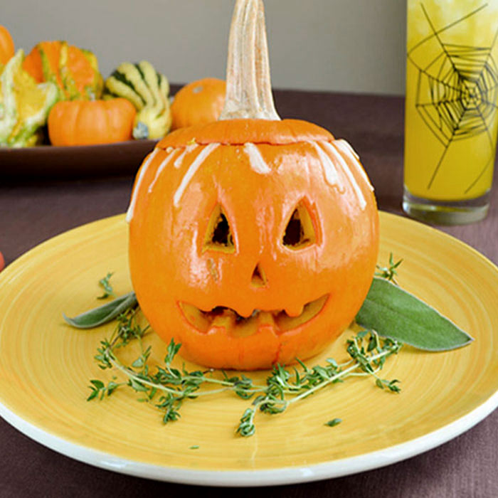 Jack O'Lantern Bowls with Chicken, Bell Pepper, and Sage