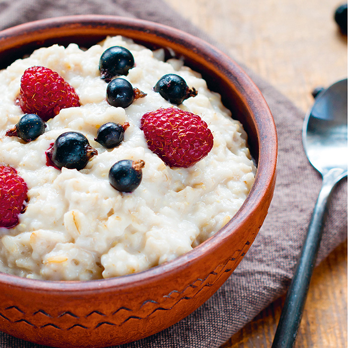 Oats with Quinoa and Blueberries