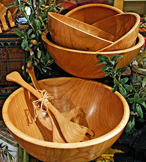 Wood bowls and utensils