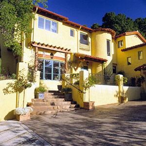 Mediterranean Revival style house