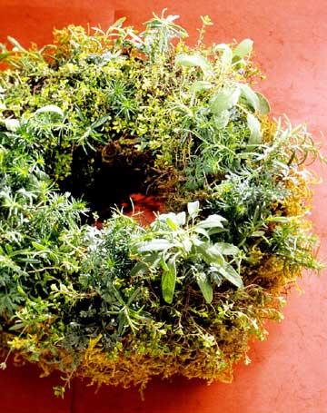 make a fresh herb wreath