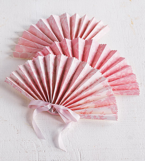 Paper fan project for a wedding for Wedding crafts to make and sell