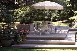 Deck Design: Backyard Simplicity