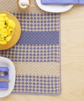 Crochet an Easy Table Runner