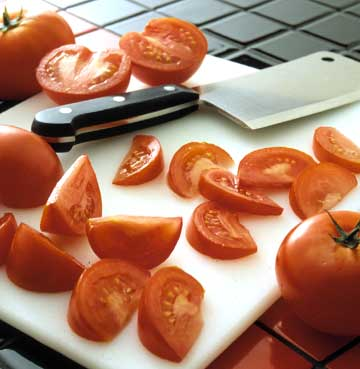 Cutting Tomato Wedges