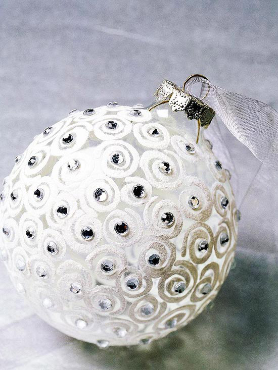 Check out these bargains on 11 nutcracker ornament white glass swirled ornament solutioingenieria Image collections