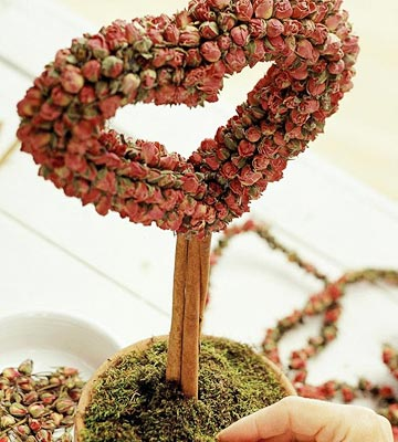 Hearts and Flowers Topiary Project