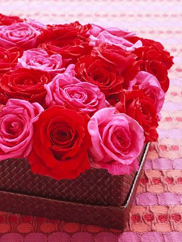 Make an Easy Rose Centerpiece
