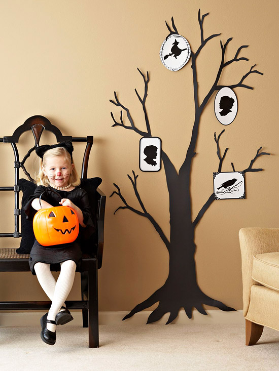 Make a Creepy Halloween Tree