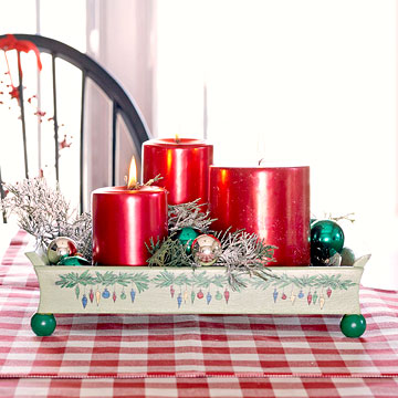 Make a Festive Holiday Serving Tray