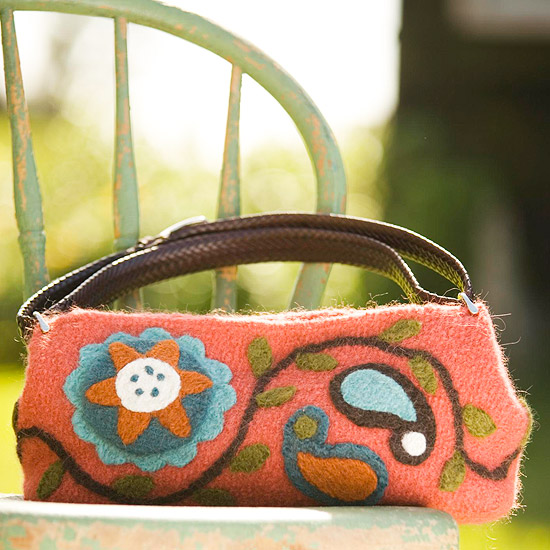 How to Make a Pretty Paisley Purse