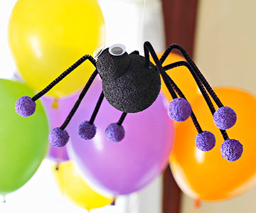 Make Spooky Spiders for Halloween