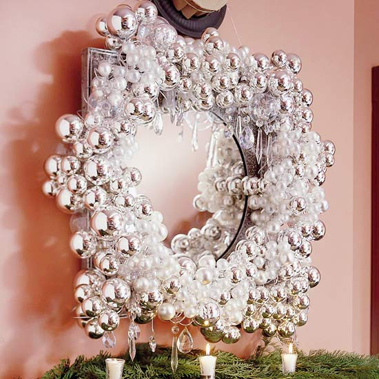 How to Make a Silver Sparkle Wreath
