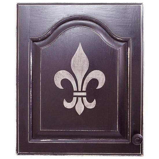Easy Cabinet Updates: Parisian Flair