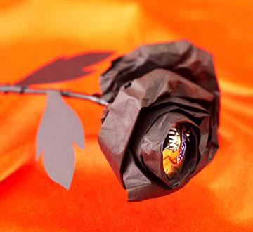 Make a Black Halloween Rose