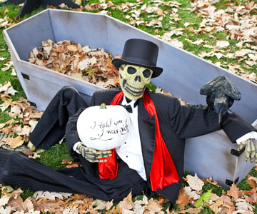 Make a Faux Coffin for Halloween