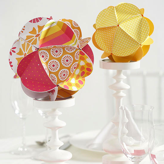 Simple Paper-Sphere Centerpiece
