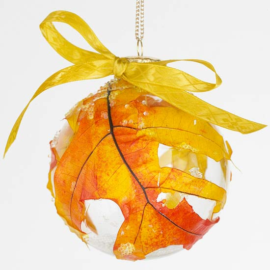 Frosted Fallen-Leaves Ornament for Autumn