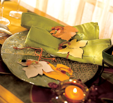 Leafy Napkin Ties For a Fall Table