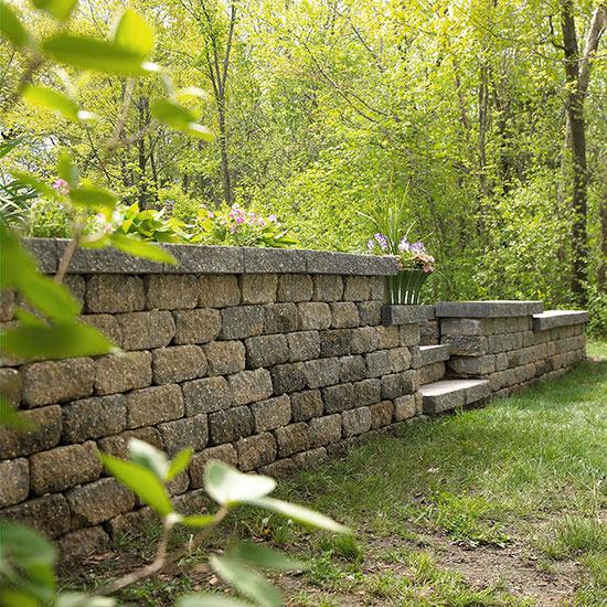 How to build an interlocking retaining wall - How to build a garden retaining wall ...
