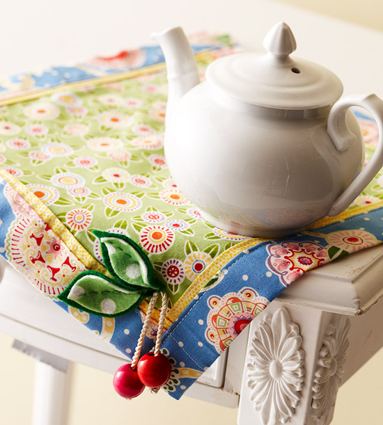 Floral Patterned Table Mat