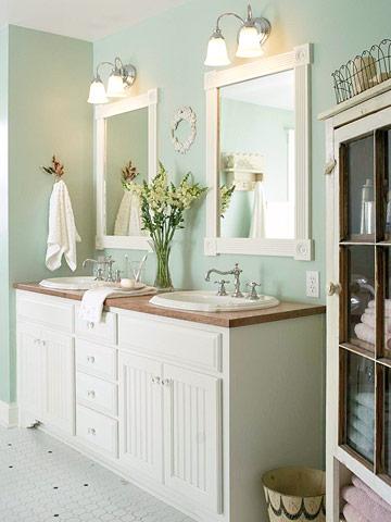 Bathroom vanity decorating