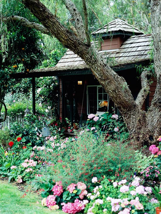 Get Front Yard Landscaping Ideas from Your House on Mansion Backyard Ideas id=41833