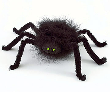 Make Furry Spiders to Use as Halloween Decorations