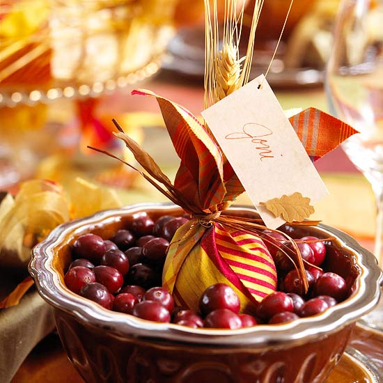 Pretty Harvest Place Cards for Thanksgiving