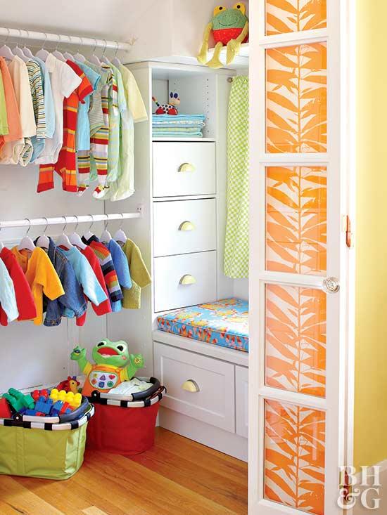 Kid's Closet Organization