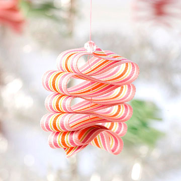 Christmas Candy Ornament Made from Ribbon