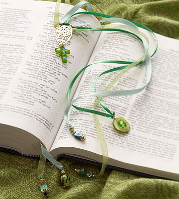 Beaded Bookmark Christmas Gift