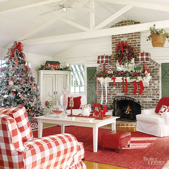 Holiday Home Design Ideas: Christmas Decorating: Decor For A Country Home
