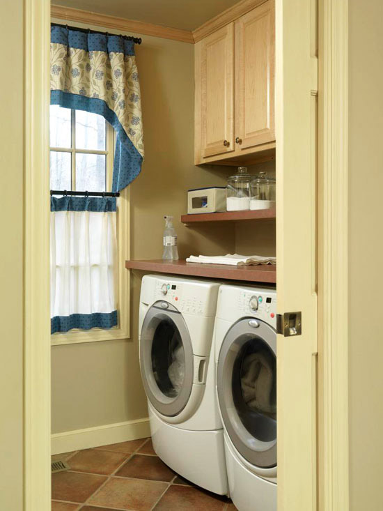 How to load a washing machine - Washing machines for small spaces photos ...