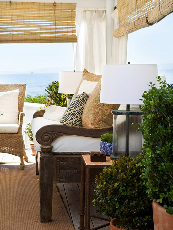 Stylish Decorative Touches for Outdoor Rooms : 101202066jpgrenditionlargest from www.bhg.com size 550 x 733 jpeg 135kB