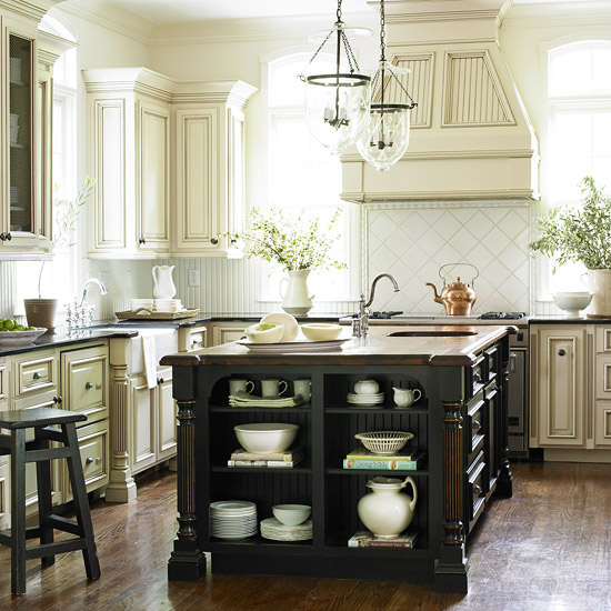10 Kitchen Cabinet Tips: Kitchen Cabinet Ideas