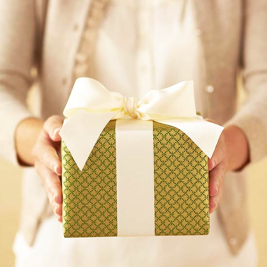 how to wrap christmas presents better homes gardens