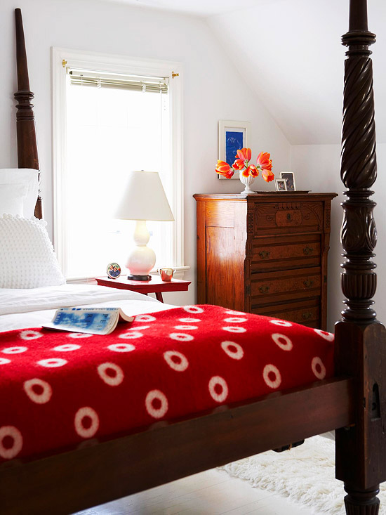 Bedroom Decorating in Pink and Red -- Better Homes and Gardens ...