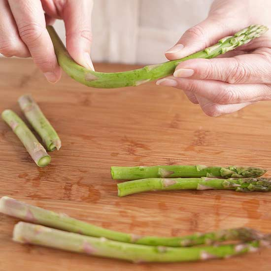 How to Cut Asparagus